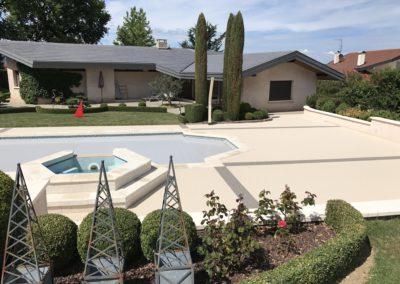 Tour de piscine en granulat de marbre